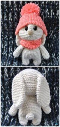 Conejito de Amigurumi del ganchillo en patrones libres del sombrero
