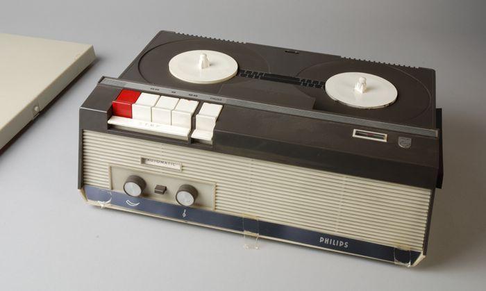 1965 - 1975 taperecorder (Philips). CC-BY Museum Rotterdam