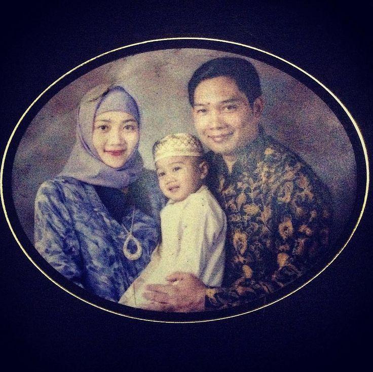 Ini Jadinya Kalau Foto Keluarga Ridwan Kamil Jadi Cover Kaleng Biskuit Lebaran https://malangtoday.net/wp-content/uploads/2017/06/ridwankamil-.jpg MALANGTODAY.NET – Tingkah laku Walikota Bandung, Ridwan Kamil di media sosial memang selalu saja menarik perhatian para warganet. Bagaimana tidak, bapak dua anak ini selalu saja mengunggah banyak foto yang disertai dengan caption lucunya. Seperti yang baru ia lakukan, dengan memposting... https://malangtoday.net/inspirasi/hib