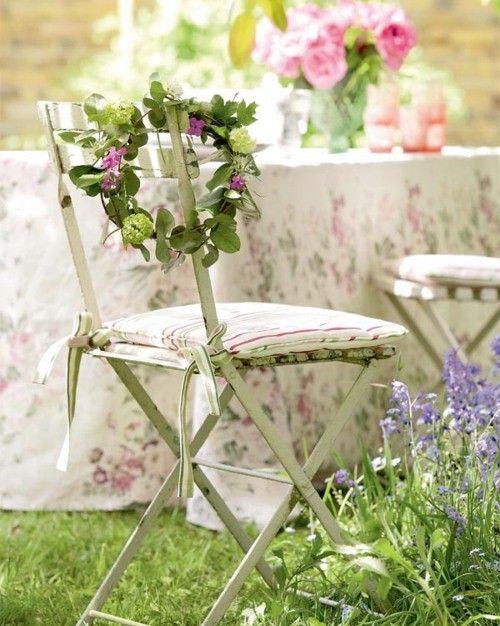 chairTeas Time, Summer Gardens, Shabby Chic, Spring Parties, Gardens Chairs, Outdoor Sets, Gardens Wedding, Gardens Parties, Flower