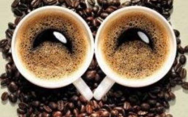 Curiosità a riguardo sul Caffè scopriamole insieme.... Esistono almeno 1000 di composti chimici nel caffè. Alcuni di essi sono continua fonte di scoperta p