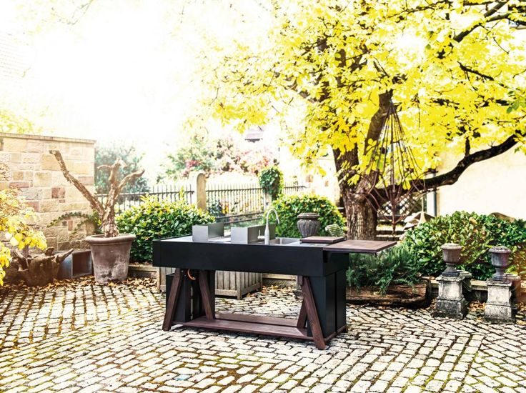 Beautiful outdoor cooking space. by OCQ - Outdoor Cooking Queen