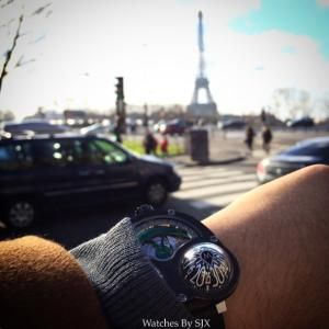 """Auf """"Watches by SJX"""" wird die Uhr in Paris ausgeführt"""