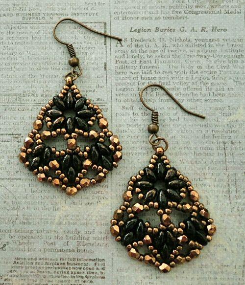 Persian Fans Earrings - Jet Bronze