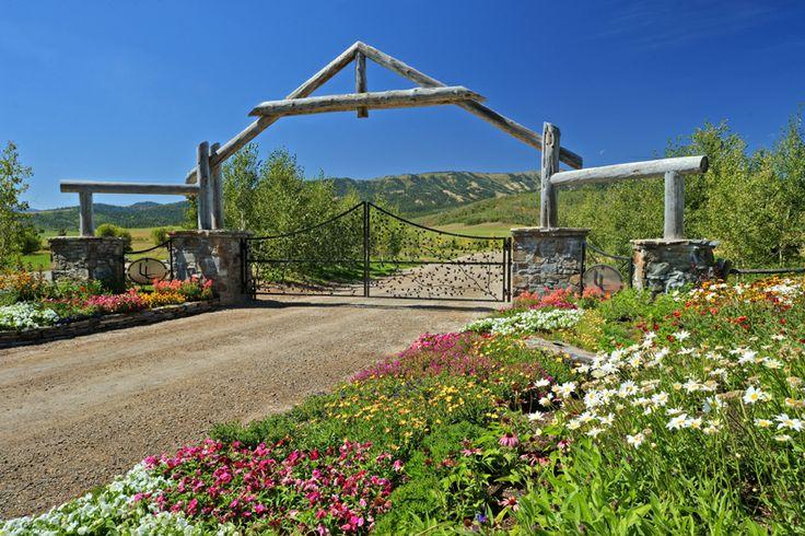 17 best images about farm ideas on pinterest entry ways for Ranch entrances ideas