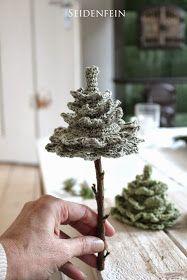 seidenfeins Dekoblog: 2 ✰ kleine gehäkelte Tannen * DIY * crochet some Fir-trees