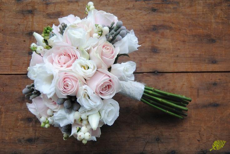 Ramo de novia vintage tonos empolvados