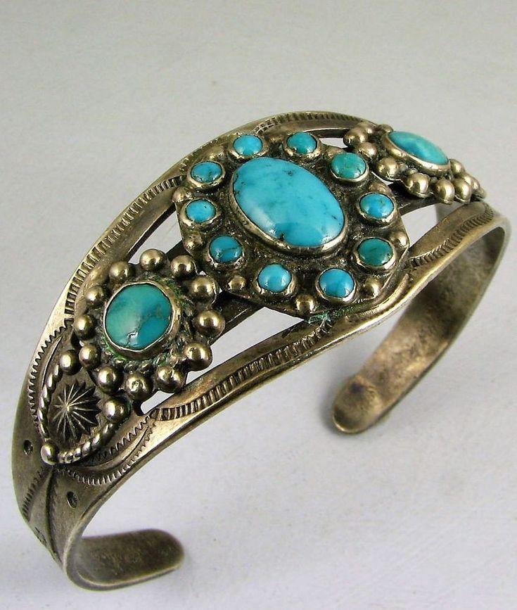 Vntg Navajo Harvey Era Turquoise Tri-Cluster Bracelet