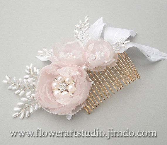 Bridal Headpiece White and pink flower comb от Flowerartstudio