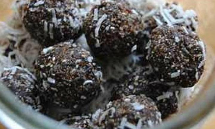 Homemade bliss balls - Kidspot