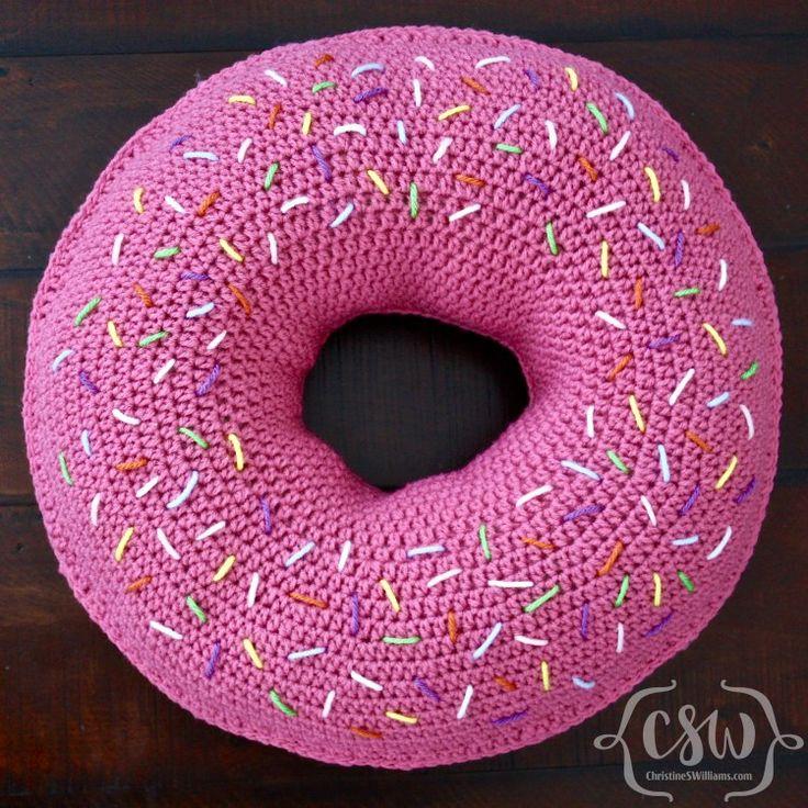 Donut Pillow - Colorful Christine, #crochet, free pattern, #haken, gratis patroon (Engels), donut, kussen, decoratie, #haakpatroon