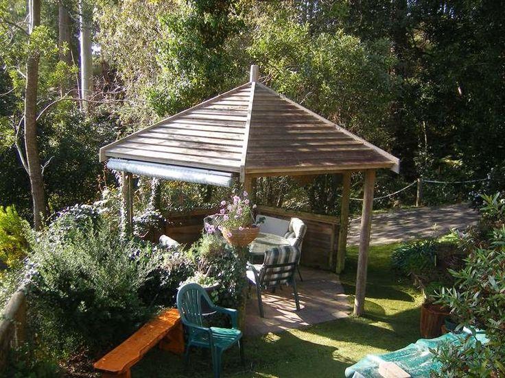 Gazebo in pretty landscaped yard @  Pumping Station Road, Forth, Tas 7310