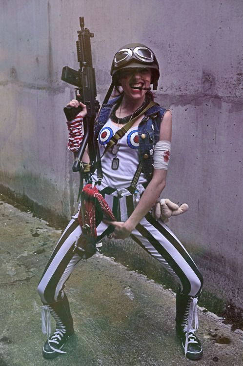 My Tank Girl costume from this weekends Kapow on Saturday. Costumes different tomorrow. But still Tank Girl. Photos taken by the amazing Anna and edited by myself