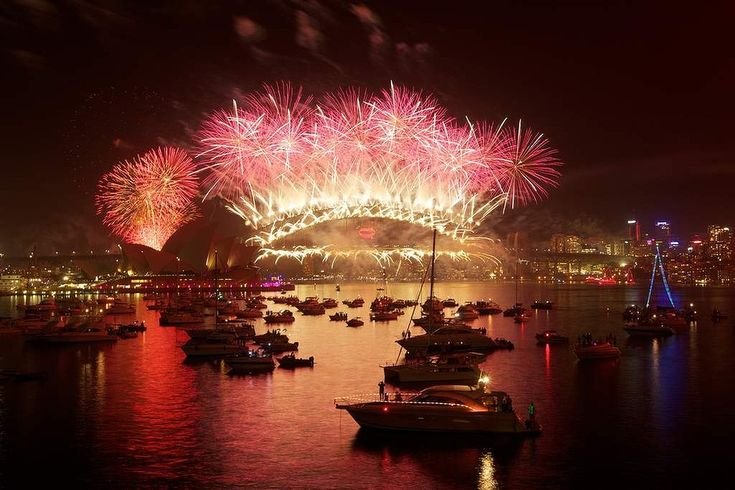 Midnight fireworks display from Mrs Macquarie Point