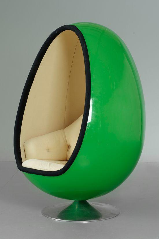 GREEN EGG CHAIR