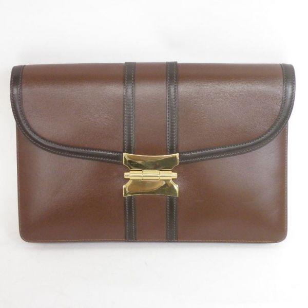 【中古】Hermes(エルメス) セカンド バッグ ポシェット ブラウン 専用袋付/シックで上品なデザインが魅了のエルメスのセカンドバッグです。/新品同様・極美品・美品の中古ブランドバッグを格安で提供いたします。