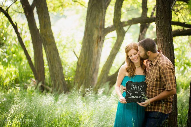 An Outdoor Pregnancy Announcement (Maternity Photographer- Golden, CO} » Denver and Golden Family Photographer- Holly Strebel Photography