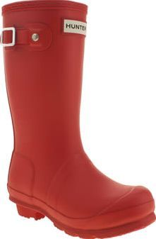 Hunter Red Original Unisex Junior Little Hunter Wellies for little feet. The iconic wellie is scaled down for your little ones, featuring sturdy man made construction, Hunter branding tab and buckle detailing. This wet weather favouri http://www.comparestoreprices.co.uk/january-2017-8/hunter-red-original-unisex-junior.asp