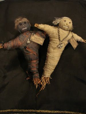 how to make a voodoo doll costume