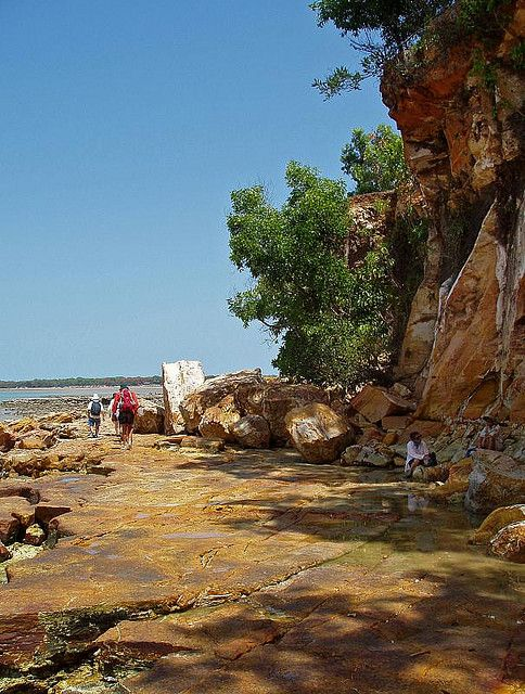 Fannie Bay Cliffs, Darwin - Australia