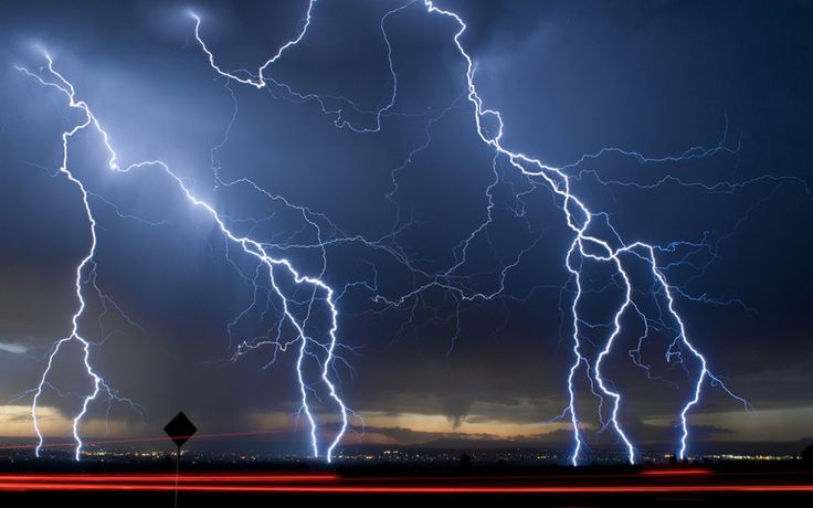 Nothing in the world compares to a lightning storm in Albuquerque