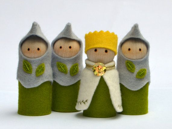 Natural toys / eco friendly toys / pretend play toys - Olive Green - Pretend play - Royal Guard. Waldorf inspired. Made with love  Australia