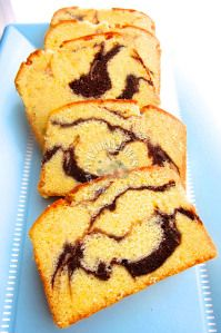 tish boyle's rich marble pound cake