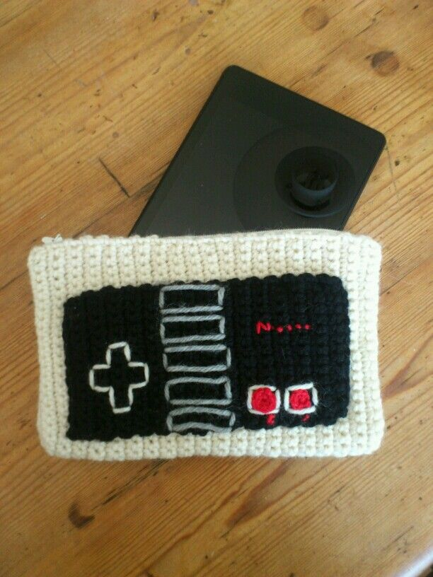 Old school nintendo controller - crochet tablet sleeve - for my sister