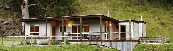 Aire River Escape, Hordern Vale, secluded spot for 2