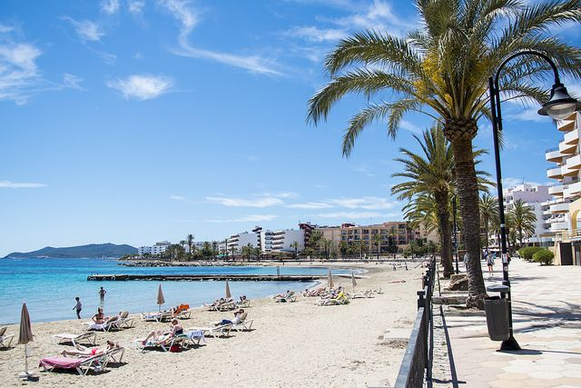 Ibiza beach of the week: Figueretes    The White Ibiza beach guide  http://www.white-ibiza.com/ibiza-beaches
