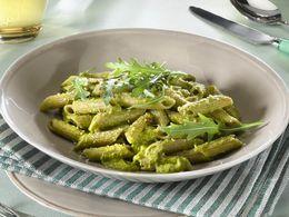 La recette des pâtes aux brocolis et crème parmesane en vidéo - Cuisine Actuelle