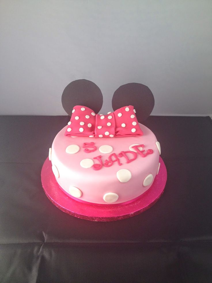 ... Minnie on Pinterest  Birthday Cakes, Gâteau D Anniversaire and Cakes