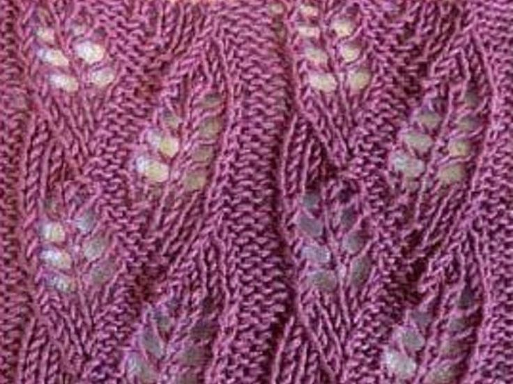 This wheat knitting pattern would be great to knit a  spring scarf or summer shawl.