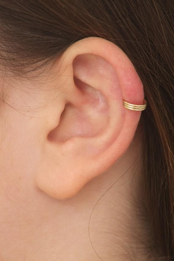 Bague Helix Or 14k Gold Cartilage Ring Gold Helix Hoop Etsy Cartilage Ring Ear Cuff Ear Piercings