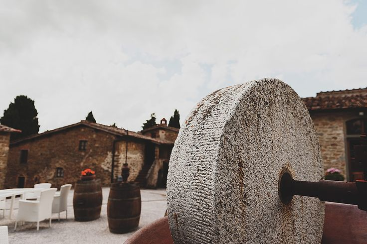Countryside wedding venue! Perfect for eloping #wedinflorence  #destinationweddings #tuscany @WedinFlorence @sebastiandavidbonacchi http://wedinflorence.com/