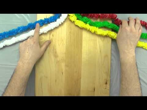 """How to Braid 5 Strands--Wow! Looks so easy! This video is great since the 5 """"strands"""" they use are all different colors."""