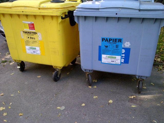 wywóz śmieci wrocław pojemniki na plastyk i papier
