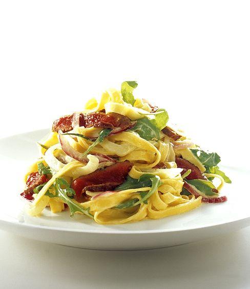Fettuccini med lamm, rosmarin och fänkål | Recept.nu