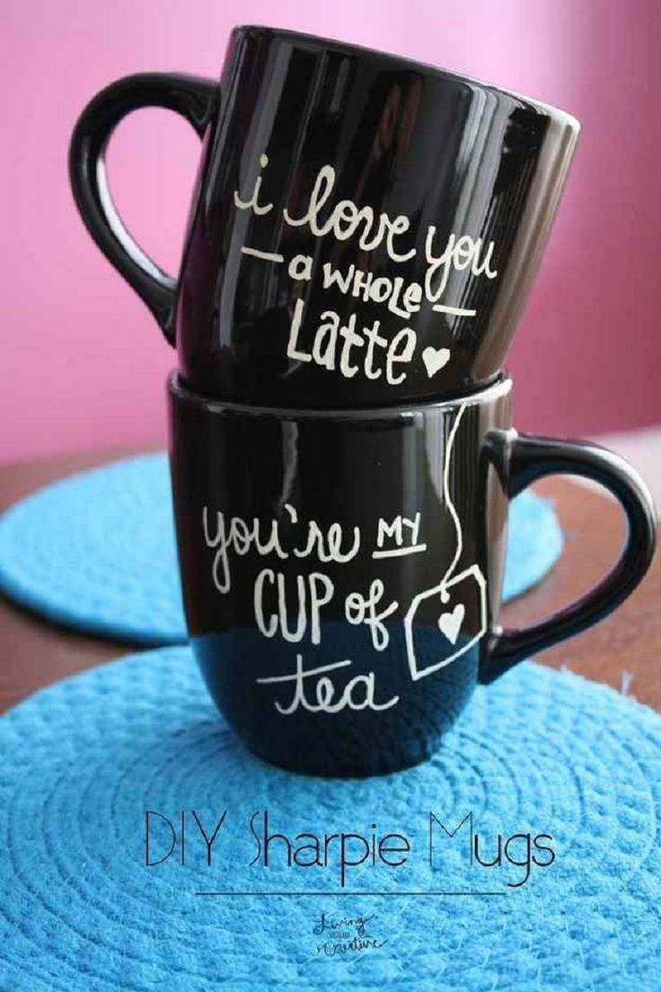 DIY Sharpie Mugs - 20 Best DIY Valentine's Day Gifts for Your Man | GleamItUp
