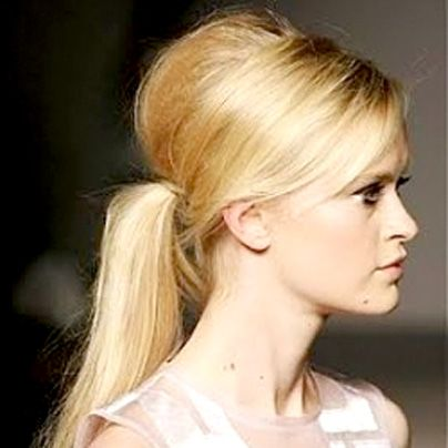 Paul Mitchell Schools | Runway-Worthy Low Ponytail