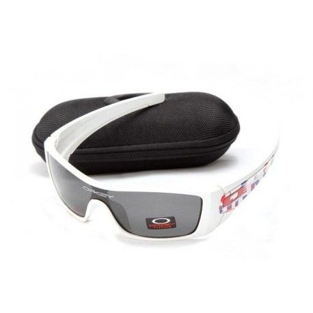 $18.00 oakley for cycling,batwolf white with black iridium for sale http://sunglassescheap4sale.com/636-oakley-for-cycling-batwolf-white-with-black-iridium-for-sale.html