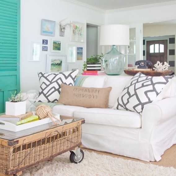 Before my #blackandwhite obsession turquoise was my jam! @christinawedge photography @mitchell.gold sofa @schumacher1889 fabric on pillows. @benjaminmoore White Dove on walls. #interiordesign #design #sherryhartdesigns #myhouse #myhome