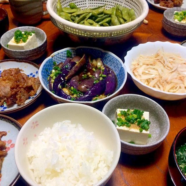 実家に帰っているので料理をたくさん作りました。 - 28件のもぐもぐ - 茄子の中華風お浸し、玉ねぎの鮭フレークサラダ、モロヘイヤのスープ等 by mtmt0701