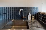 ENJOYWORKS/エンジョイワークス/kitchien/キッチン/tile/タイル/renovation/リノベーション/SKELTONHOUSE/スケルトンハウス