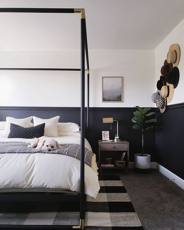 modern master bedroom black and white bedroom four poster bed buffalo check bedroom hat wall minimalist bedroom monochrome bedroom black bedroom