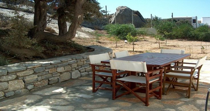 "Discover Villa ""Kedros Residence"", Naxos, Greece ! You can rent it ! #luxury #villa #rent #holidays #greece #vacances #grece #alouer #aroomwithaview #sea #bedroom #decoration #swimmingpool #beautiful #sunset #luxuryvilla"