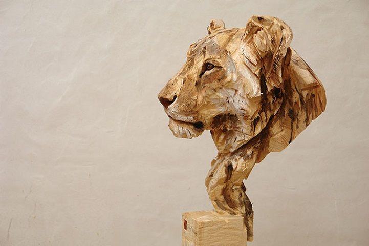 Les-sculptures-a-la-tronconneuse-de-Jurgen-Lingl-Rebetez-3 Les sculptures à la tronçonneuse de  Jürgen Lingl-Rebetez