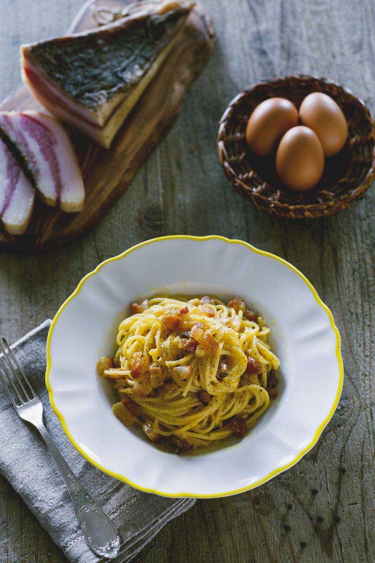 Ecco la ricetta collaudata per i miei spaghetti alla carbonara, una ricetta della tradizione che conquista al primo assaggio!