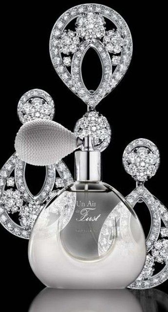 Rosamaria G Frangini | My Platinum Jewellery | by Lori Novo