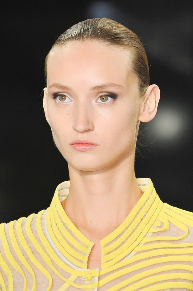 View all the photos of the beauty & make-up at the Chado Ralph Rucci spring / summer 2015 showing at New York fashion week. Read the article to see the full gallery.